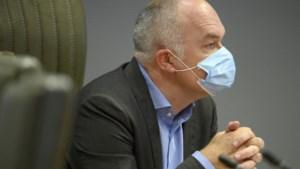 Rusthuizen moeten zelf voor stock aan mondmaskers zorgen