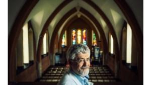 Priester-arts Marc Desmet neemt afscheid: