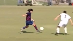 FC Barcelona verspreidt nooit eerder getoonde beelden van jonge Lionel Messi