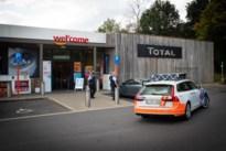 Gauwdieven doen zich voor als agenten en bestelen man bij tankstation