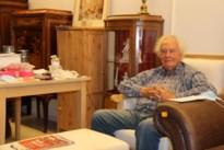 Julien (81) runt nog eigen antiekzaak