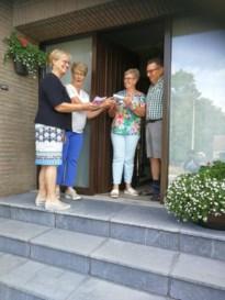 Leden Neos Oudsbergen krijgen infoblad met verrassing