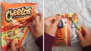 Deze geniale lifehack houdt jouw zak chips gegarandeerd krokant