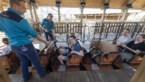 Geen afstandsregel in achtbanen pretpark Toverland: alle karretjes gevuld