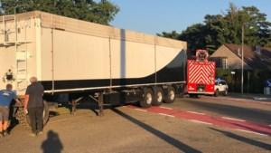 Auto en tractor botsen op Hamsesteenweg in Leopoldsburg