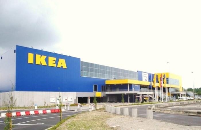 Koppel uit Ikea gezet omdat ze 'bubbelregels' overtraden
