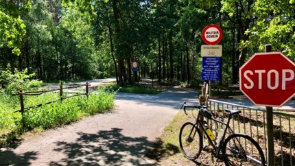 Wapengekletter en gechampetter op de fietsroute door Hechtel-Eksel