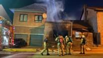 Rijhuis in Tongeren helemaal uitgebrand, bewoner naar ziekenhuis