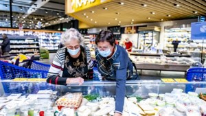 """Zo verloopt de eerste dag verplicht winkelen met een mondmasker: """"Rekenen op burgerzin van de klant"""""""