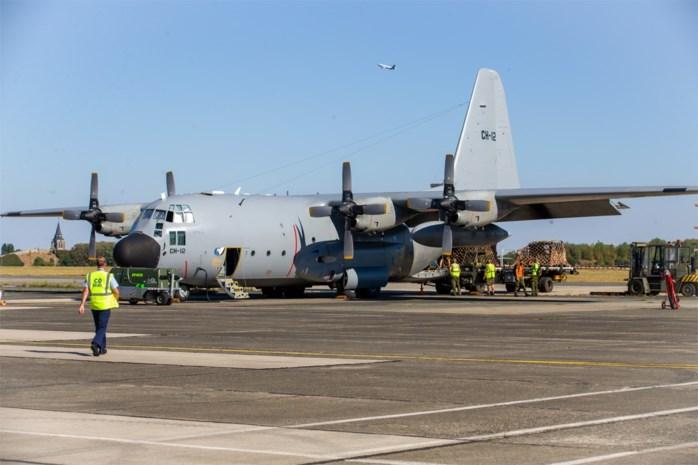 Een C-130 met 63 kubieke meter hulpmateriaal vertrekt vanop Melsbroek naar Beiroet