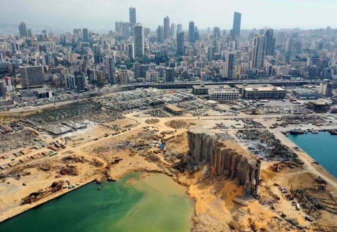 Enorme explosie in Beiroet laat krater van 43 meter diep achter