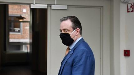 Twee dagen na 'inbraak' slaat belager De Wever opnieuw toe: man dan toch gecolloqueerd