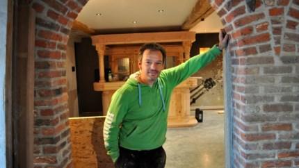 'Thuis'-acteur Frank Van Erum verdedigt zich na klachten over 'racistische' post