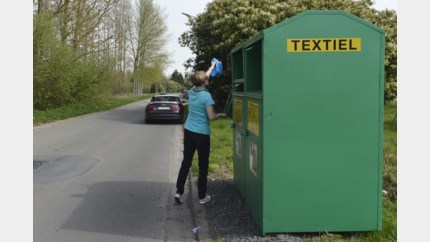 Hasselt ruimt illegale kledingcontainers op