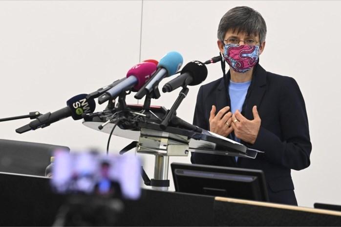 Gouverneur Berx past Antwerpse maatregelen aan: horeca profiteert van nieuwe nachtklok