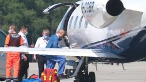 Fabio Jakobsen stapt één week na horrorcrash al op vliegtuig richting Nederland