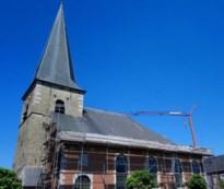 Dringende herstelling moet kerk Hoepertingen overeind houden