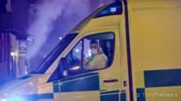 Auto tegen verlichtingspaal in Maasmechelen