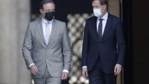 Preformateurs De Wever en Magnette geven op: koning keert terug uit vakantie