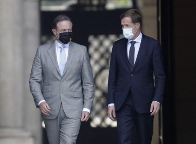 Preformateurs De Wever (N-VA) en Magnette (PS) gooien handdoek in de ring