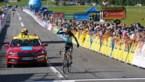 Lennard Kämna klimt naar de zege in voorlaatste etappe in Dauphiné, leider Roglic komt ten val (maar zonder erg)
