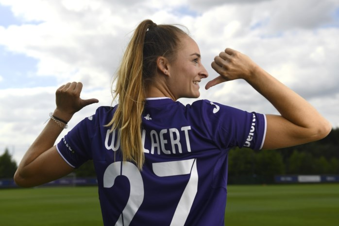Tessa Wullaert wordt sterspeelster bij Anderlecht, maar vergelijking met Kompany en co. is onmogelijk