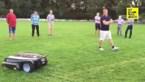 Vanaf vandaag worden op de voetbalvelden van Lummen robotmaaiers ingezet