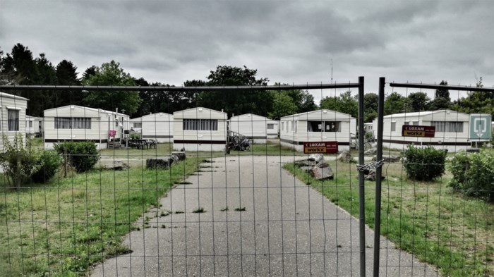 Vier asielzoekers op Parelstrand in quarantaine na coronabesmetting