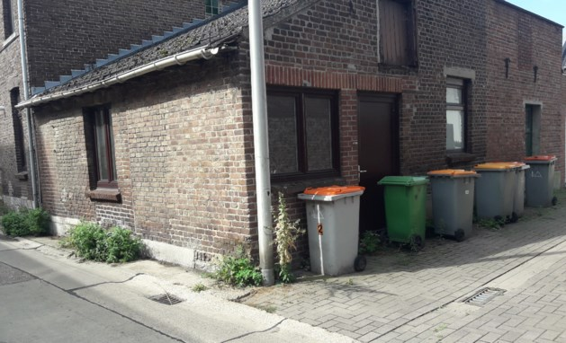 Netels en containers ontsieren het straatbeeld