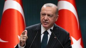 Turkse president Erdogan waarschuwt Athene voor 'ruïnering'