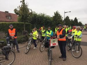 Neos Kinrooi fietst 's ochtends langs de Maas