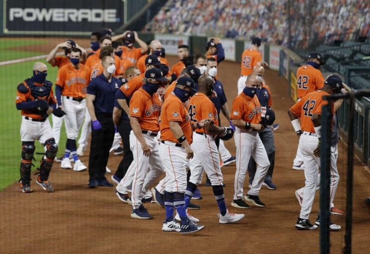 Amerikaanse honkbalteams Astros en A's lopen uit protest tegen politiegeweld van het veld