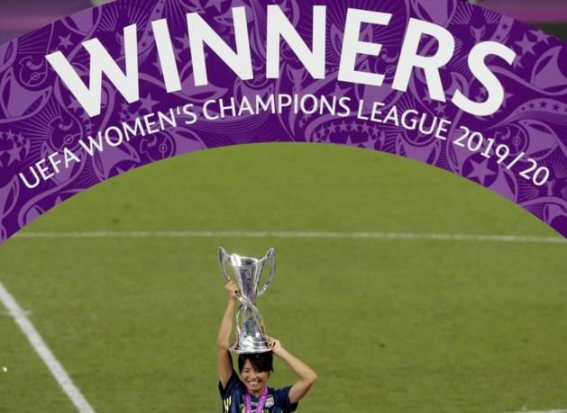 Olympique Lyon wint Champions League bij de vrouwen voor de vijfde keer op rij, Janice Cayman viert mee van op de bank