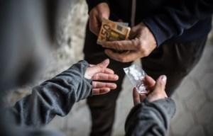 Truiense twintigers dealen vanuit 'drugshol' aan minderjarigen