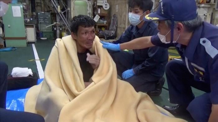 Vrachtschip met duizenden koeien gezonken voor kust Japan: nog maar 2 overlevenden gered