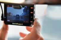 Overtreder filmt zware overtreding met dashcam en wordt meteen aan kant gezet door politie
