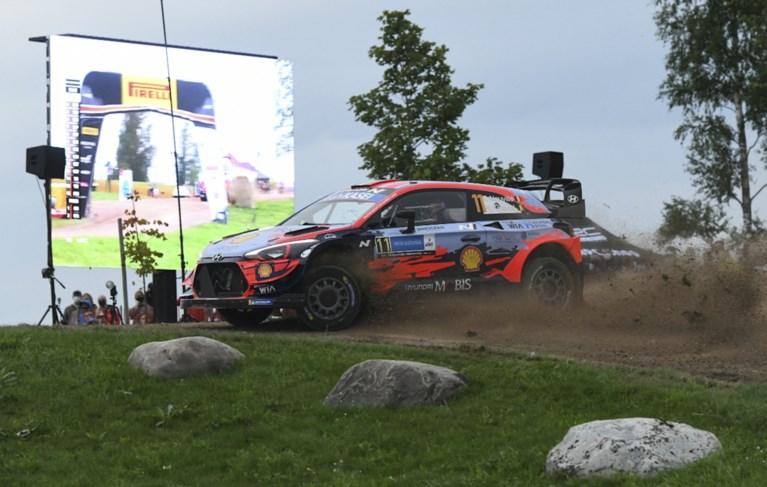 """Rally van Estland wordt een drama voor Thierry Neuville: """"Echt, dit verdienen we niet"""""""