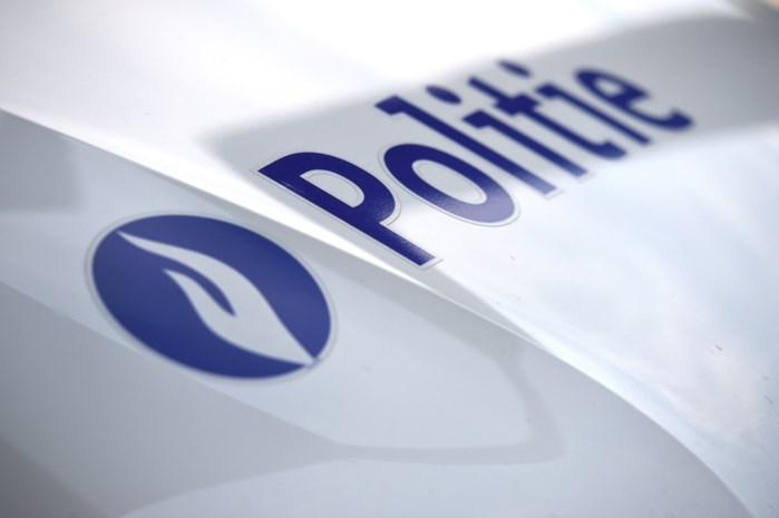 Politie zoekt autobestuurster die fietser aanreed in Diest