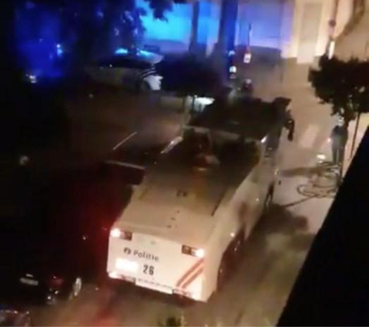Opnieuw onrustig in Brusselse Marollen: vandalen steken bestelwagen in brand voor crèche