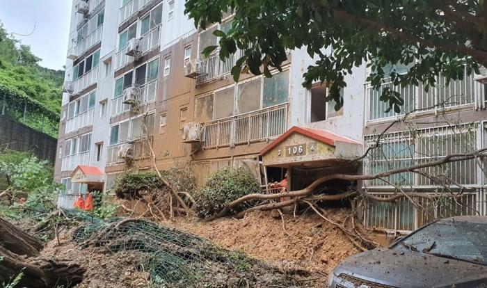 Na gewonden in Japan, komt sterke tyfoon aan land in Zuid-Korea