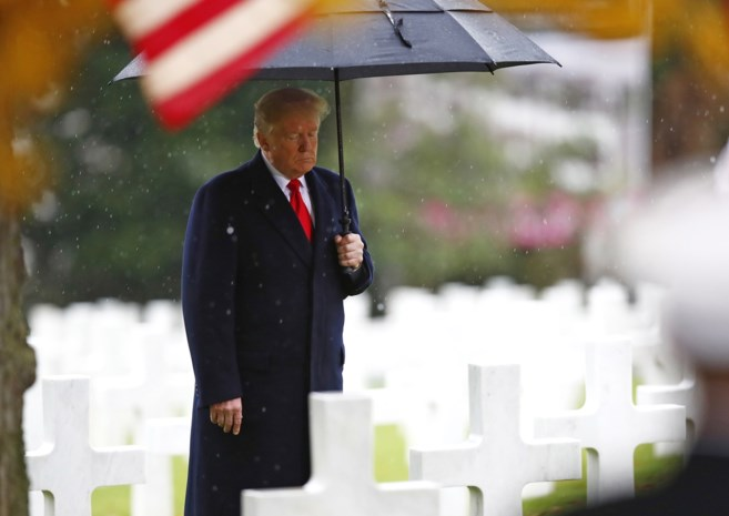 President Trump nam kunst mee uit Amerikaanse ambassade