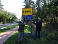Nieuwe borden 'Bocholt, Europese gemeente'