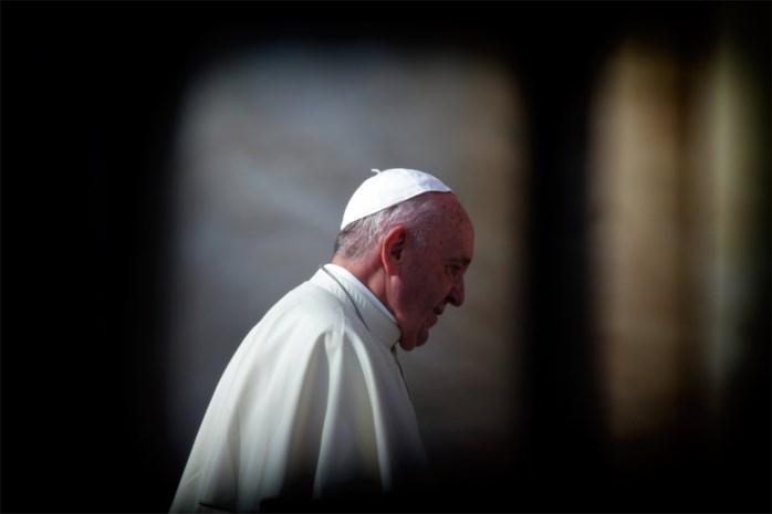 Paus aanvaardt ontslag van pas benoemde bisschop na beschuldiging van kindermisbruik