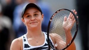 Titelverdedigster en nummer één van de wereld Ashleigh Barty laat nu ook Roland Garros schieten