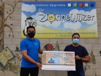 Ouderraad De Zonnewijzer schenkt 1.500 euro voor opwaardering kleuterhoeken