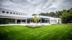 Hypermoderne villa in Heusden-Zolder: ramen die verdwijnen en zwembad met cabriodak