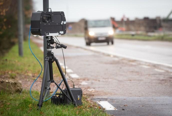 Tien bestuurders met zware voet spelen rijbewijs kwijt bij controles
