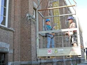 Nieuwe torenhaan voor Angelahof