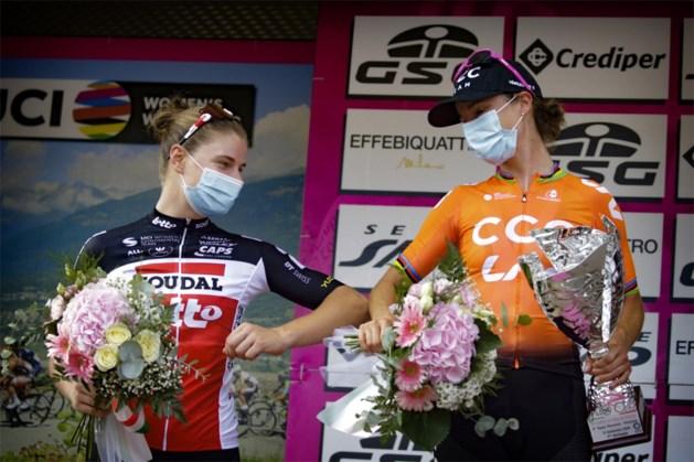 Marianne Vos houdt Lotte Kopecky van ritwinst in Giro Rosa