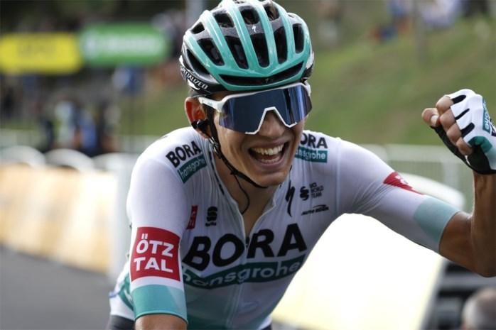 Duits talent Lennard Kämna wint zestiende rit in de Tour, domper voor Julian Alaphilippe